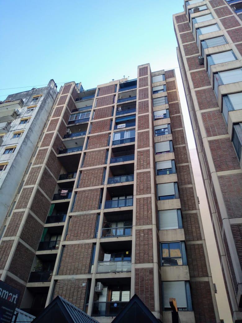 FotoDepartamento en Venta    en  Centro,  Cordoba  Av. DUARTE QUIROS 10