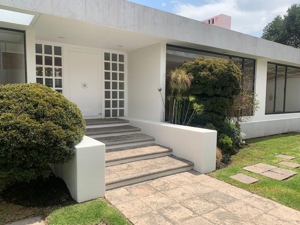 FotoCasa en condominio en Venta |  en  San Carlos,  Metepec  Casa en Venta en San Carlos Metepec