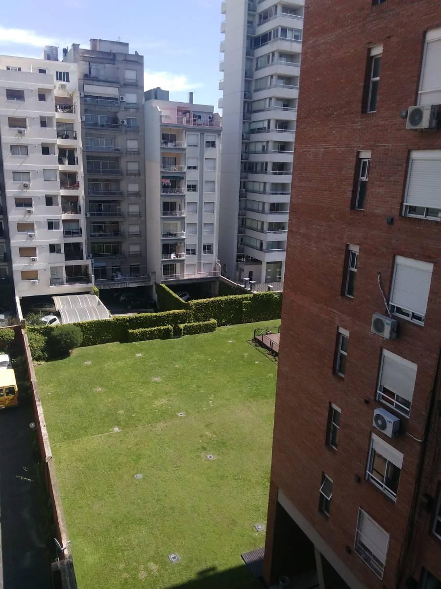 Foto Departamento en Venta |  en  Villa Urquiza ,  Capital Federal  Burela 2100