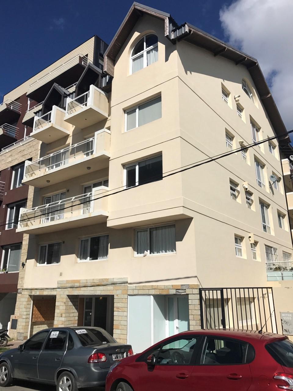FotoDepartamento en Venta |  en  Centro,  San Carlos De Bariloche  Mitre al 1000