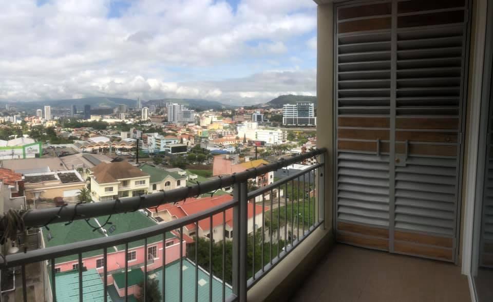 FotoDepartamento en Renta |  en  Res. La Hacienda,  Distrito Central  APARTAMENTO GREEN TOWER TEGUCIGALPA HONDURAS
