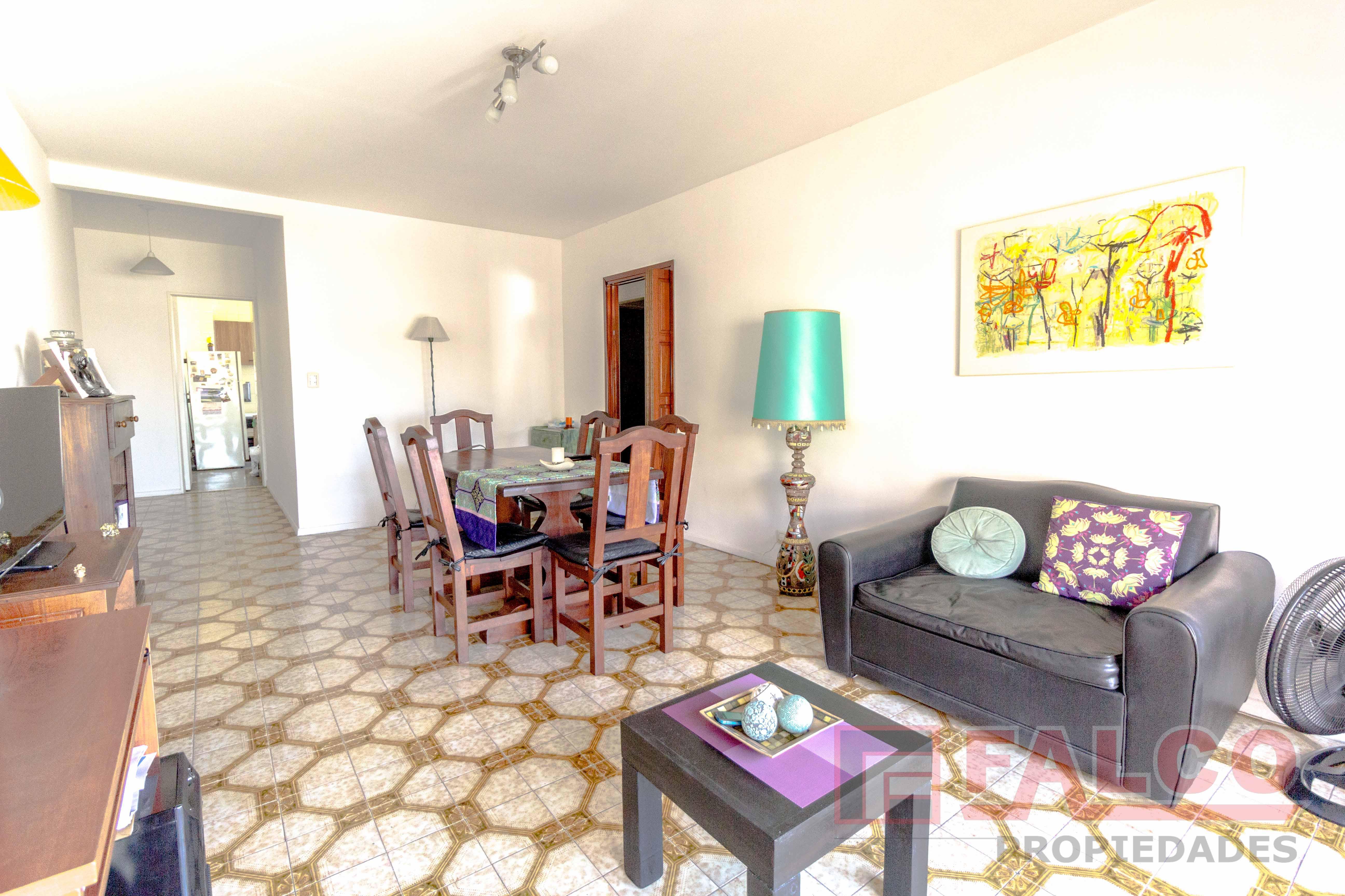 FotoDepartamento en Venta |  en  Flores ,  Capital Federal  Pedernera al 200