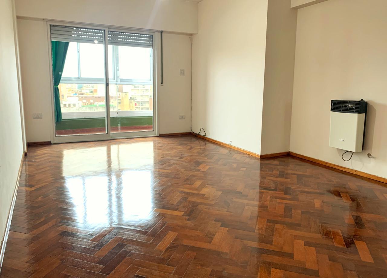 FotoDepartamento en Alquiler    en  Centro,  Rosario  San Martin al 1600