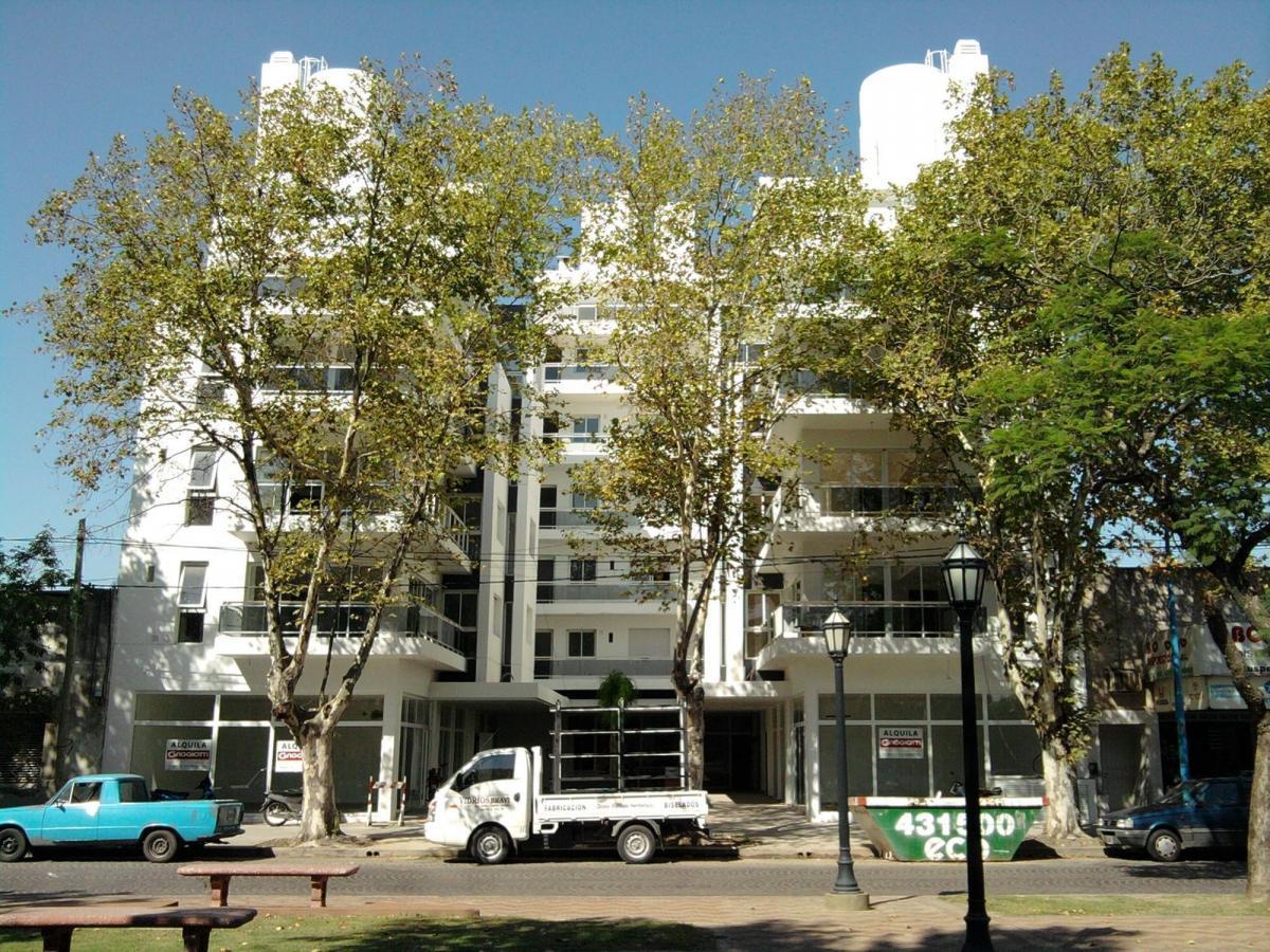 Bv. Roca 445 2º Piso Dpto. B (Block Sur U-16) - Gaggiotti Inmobiliaria cuenta con más de 50 años desde que se inicio en el negocio de los servicios inmobiliarios.