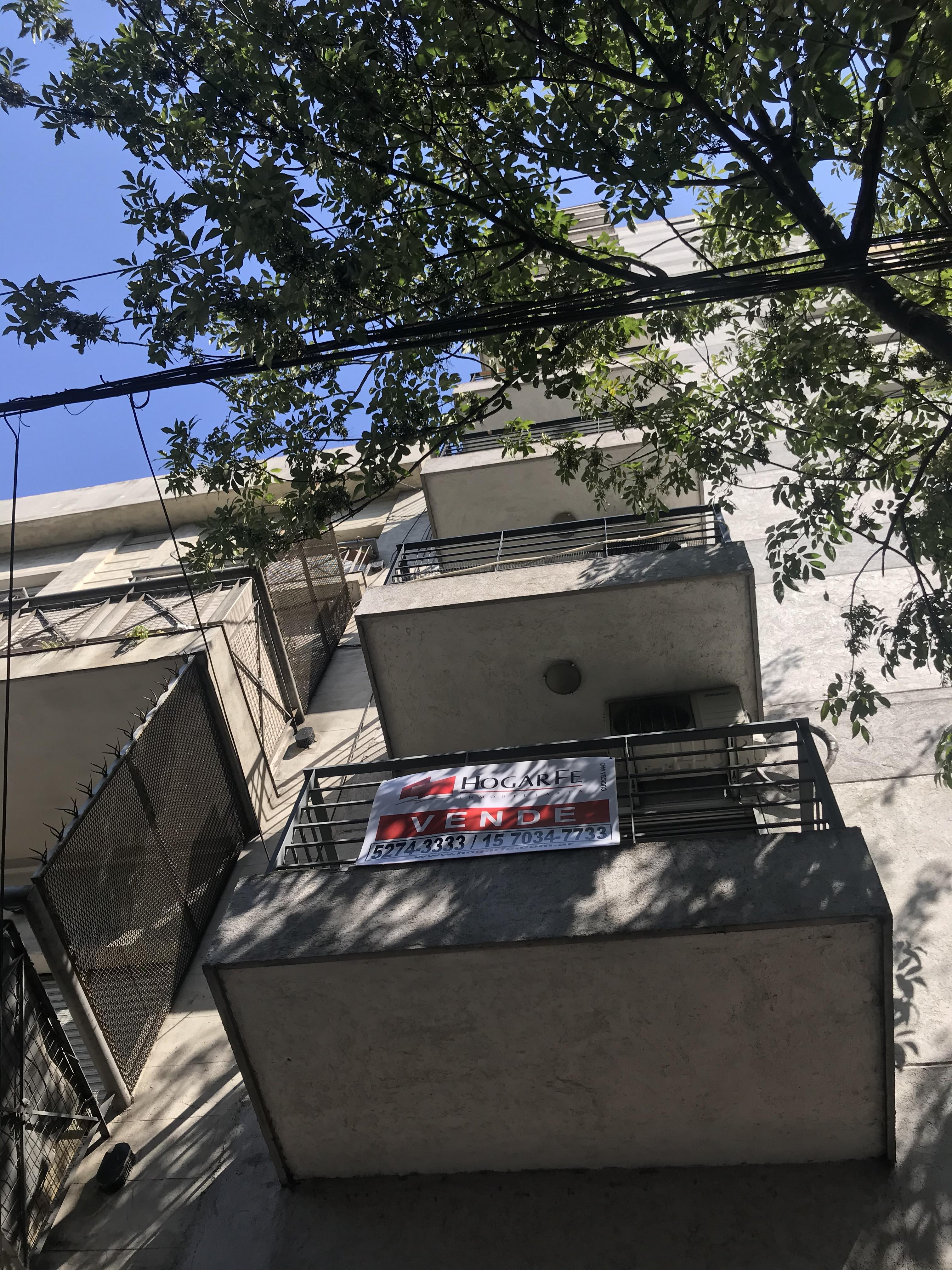 FotoDepartamento en Alquiler temporario |  en  Boedo ,  Capital Federal  San Juan al 4200