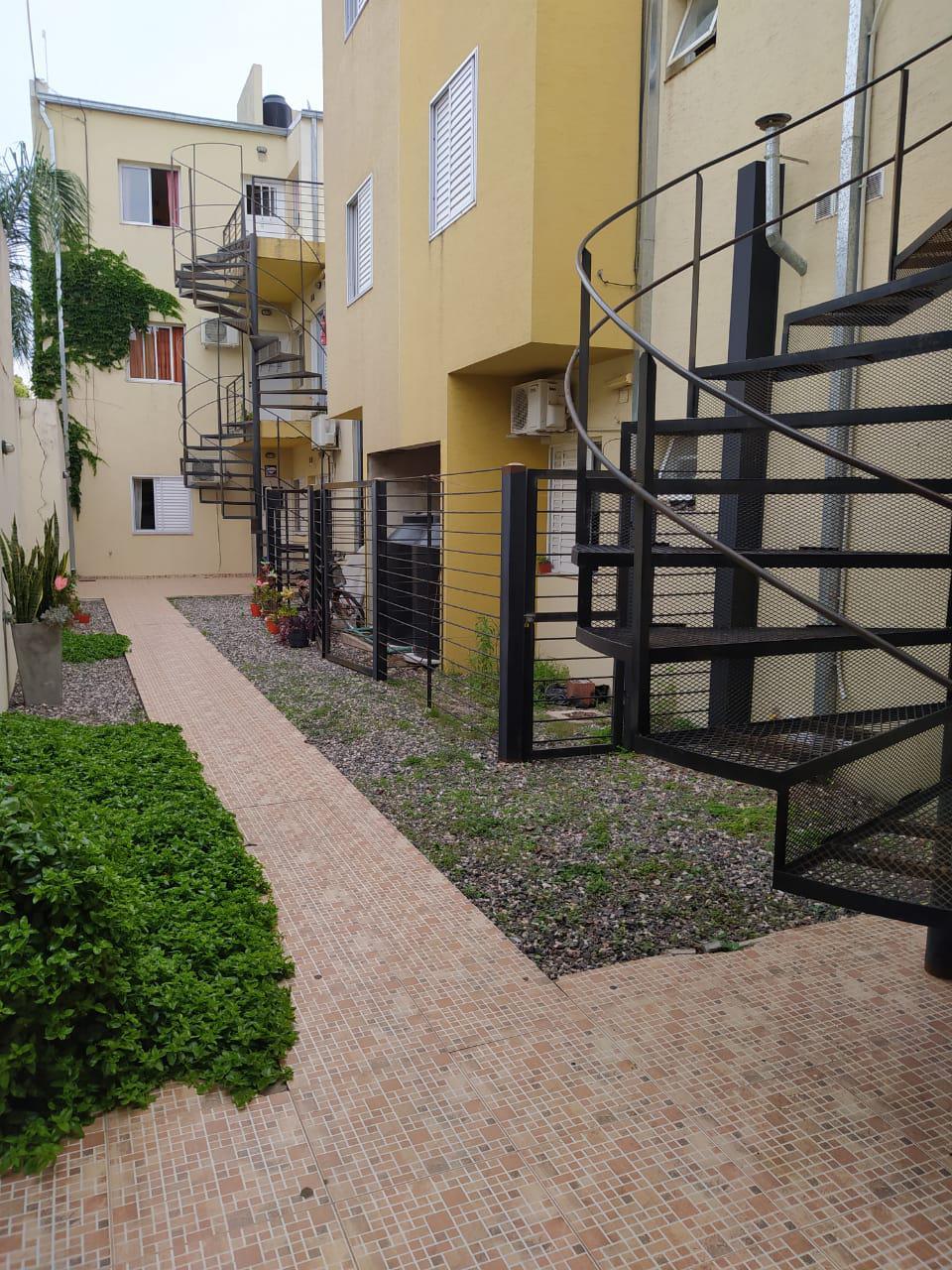 Belgrano 476 2º dpto 9 - Gaggiotti Inmobiliaria cuenta con más de 50 años desde que se inicio en el negocio de los servicios inmobiliarios.