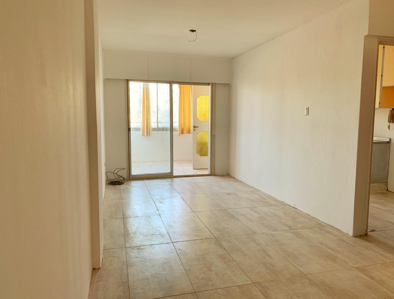 FotoDepartamento en Venta |  en  Pichincha,  Rosario  Guemes al 2600