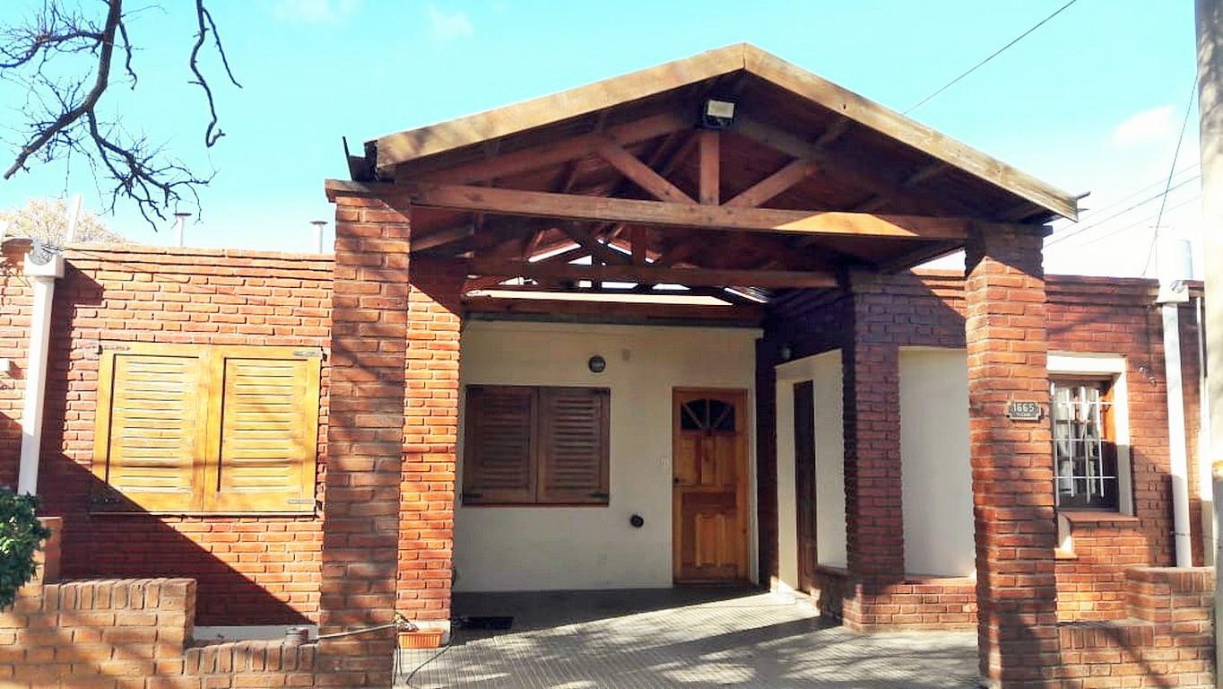 FotoDepartamento en Alquiler |  en  Comercio,  Santa Rosa  Miguel Cané al 1600