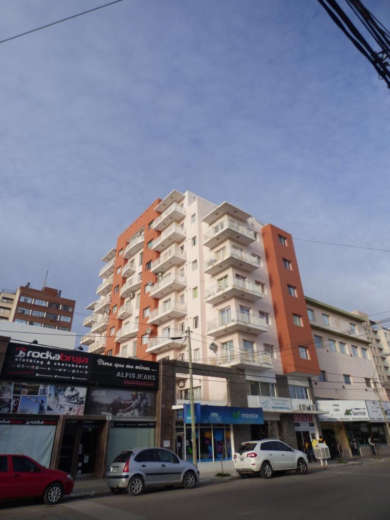 FotoOficina en Venta |  en  Puerto Madryn,  Biedma  25 de Mayo 364 - Ed. Víctor Paredes 1ero. Oficina