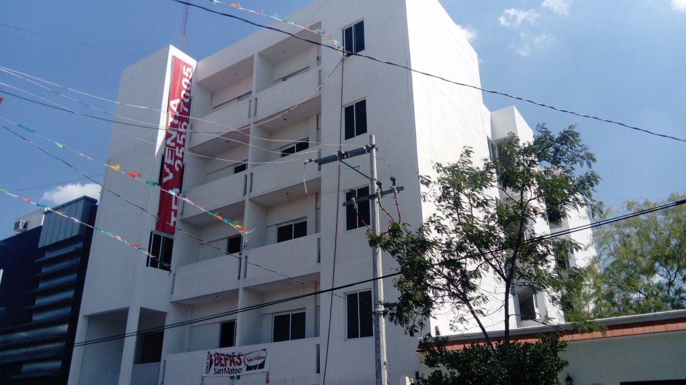 FotoDepartamento en Venta |  en  Obrera,  Monterrey  Departamento Céntrico a unas cuadras de Santa Lucía. Vive en el Centro