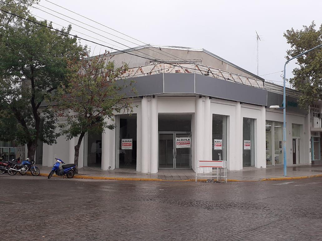 Bv. Roca esq. Ituzaingó - Gaggiotti Inmobiliaria cuenta con más de 50 años desde que se inicio en el negocio de los servicios inmobiliarios.