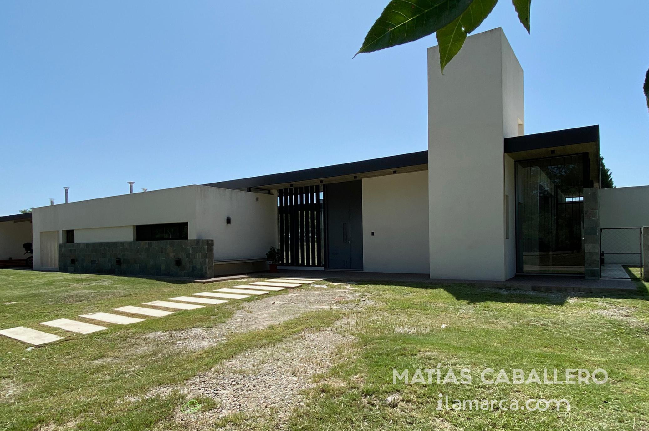 FotoCasa en Venta |  en  Cañuelas Golf ,  Cordoba Capital  Cañuelas Country Golf con fondo al Golf  toda en planta baja