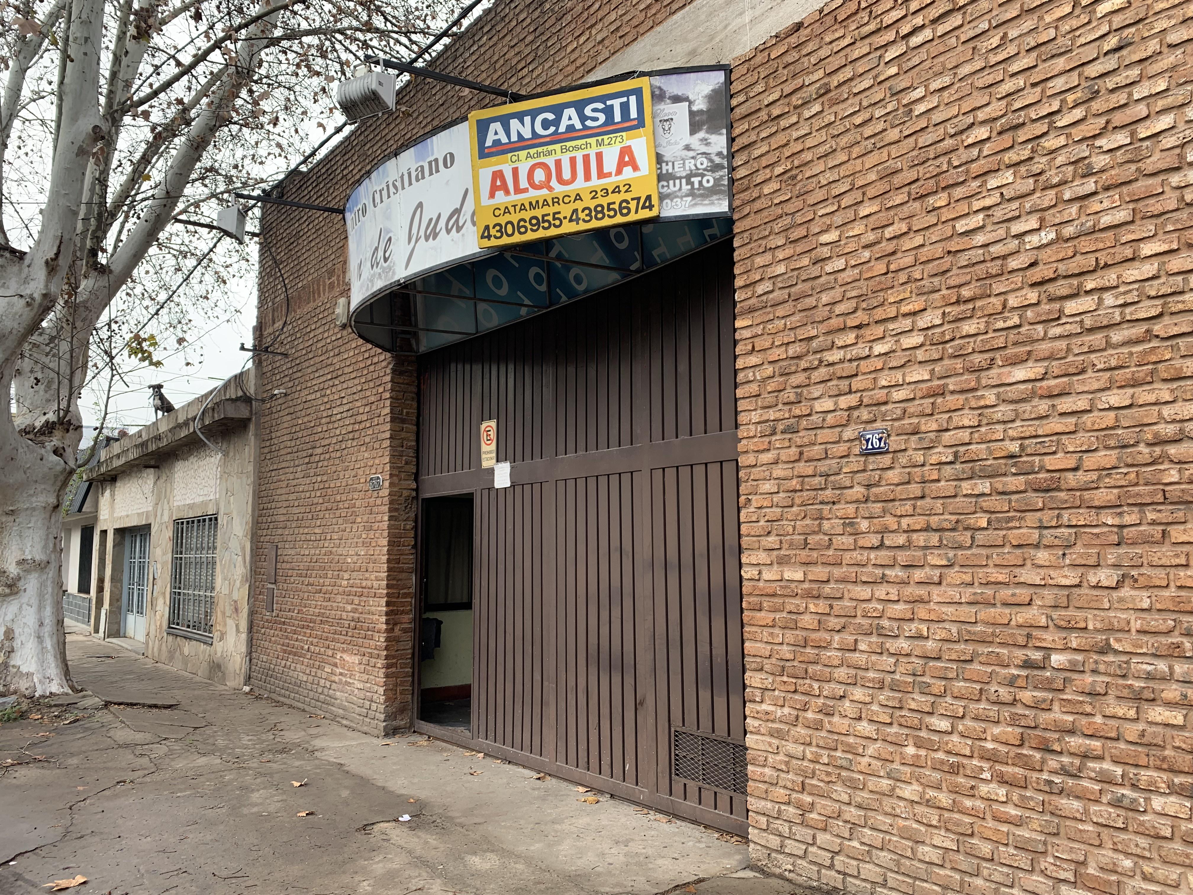 FotoGalpón en Alquiler |  en  Belgrano,  Rosario          White al 6700