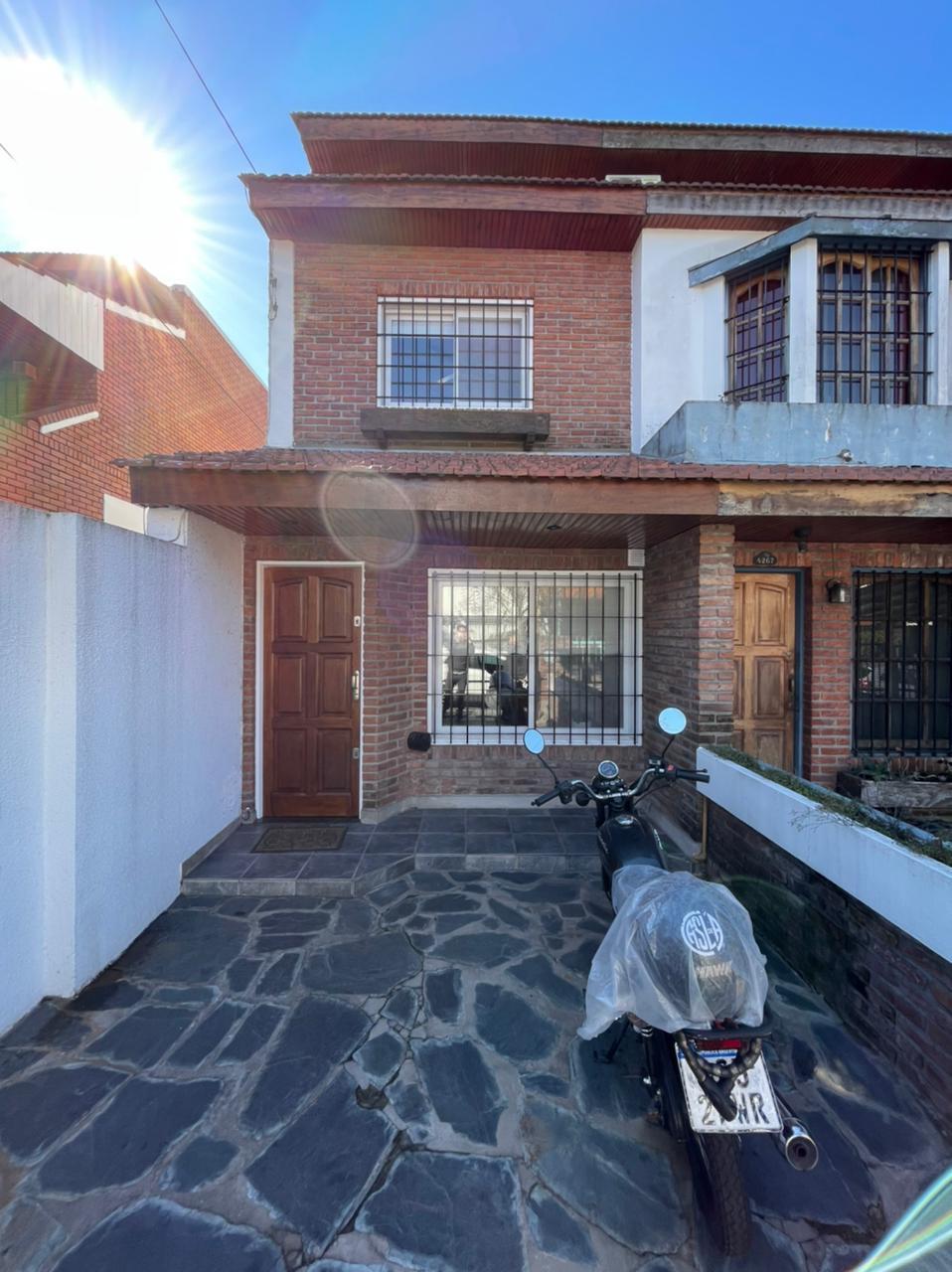 FotoCasa en Venta    en  Olivos,  Vicente López  Fray J. Sta. Maria de Oro al 4200