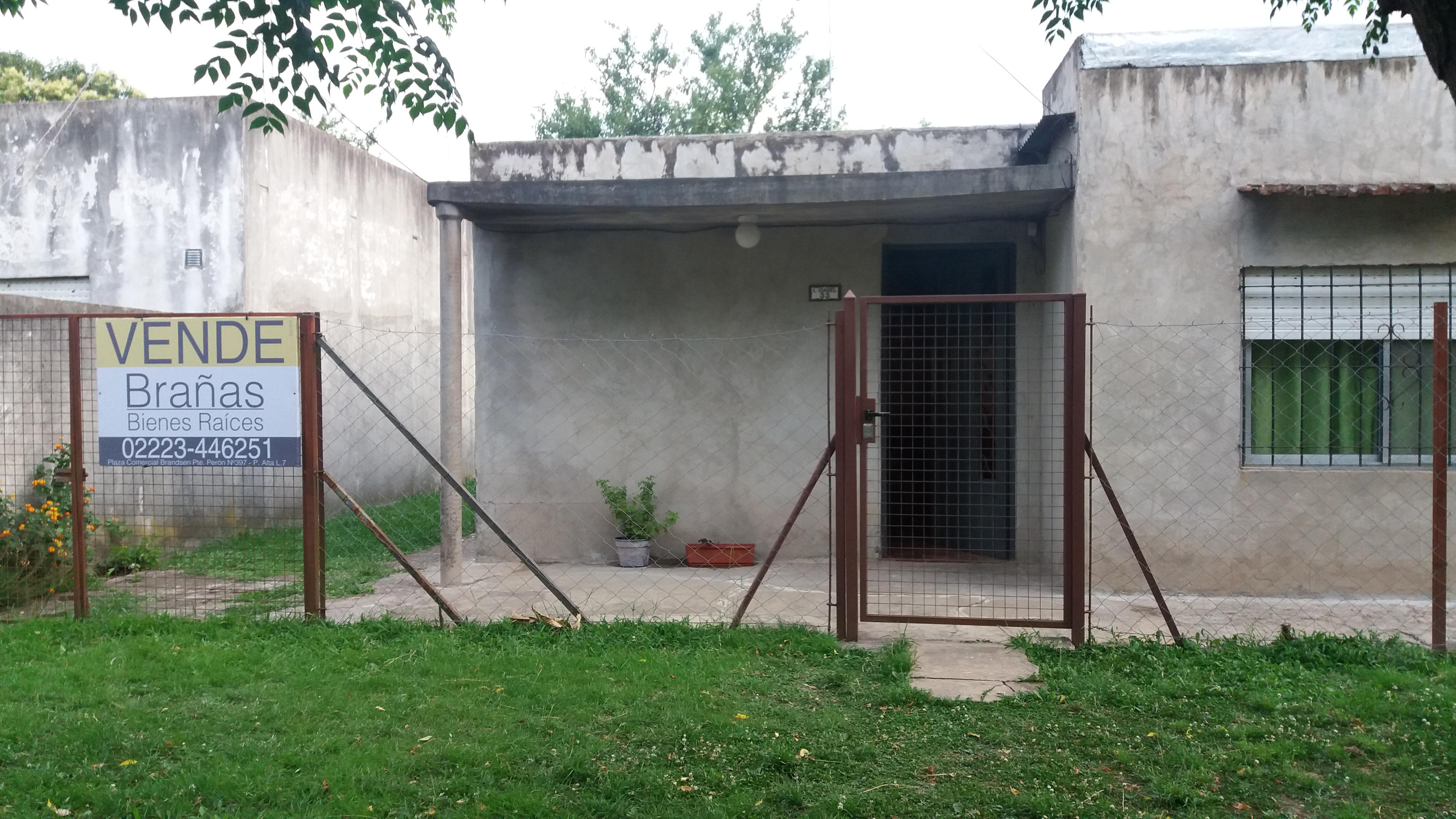 Foto Casa en Venta    en  Barrio Las Mandarinas,  Coronel Brandsen  Infanta Isabel Entre Ituzaingó Y Diagonal Copérnico