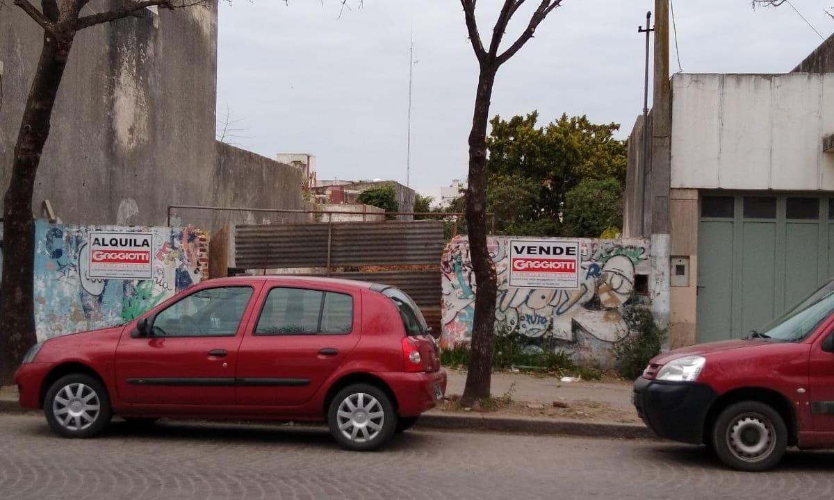 Av Gral. Bartolomé Mitre 100 - Gaggiotti Inmobiliaria cuenta con más de 50 años desde que se inicio en el negocio de los servicios inmobiliarios.