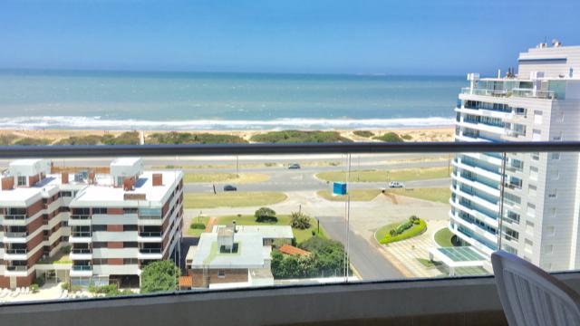 FotoDepartamento en Alquiler temporario |  en  Playa Brava,  Punta del Este  ICON BRAVA TOWER PUNTA DEL ESTE