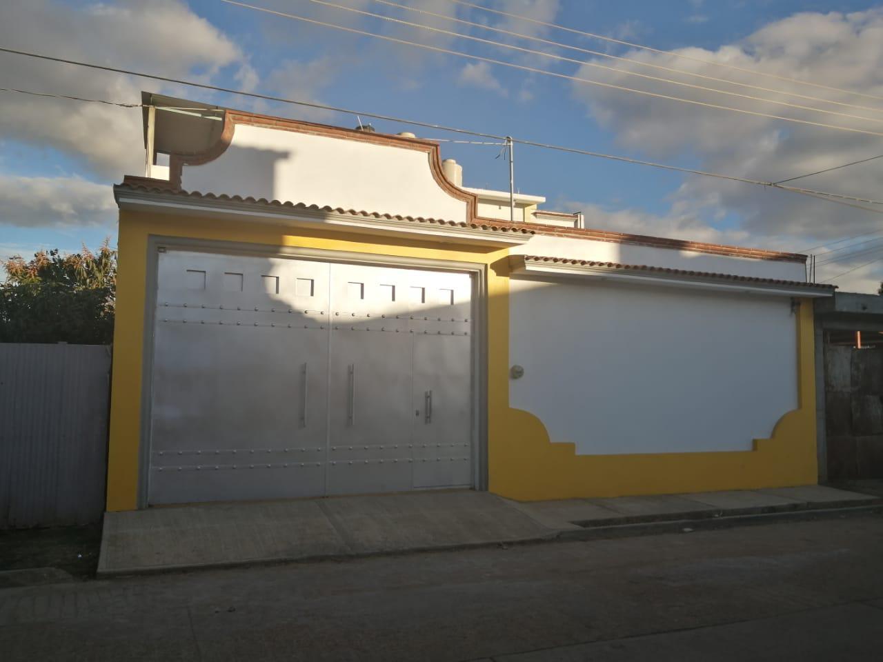 FotoCasa en Venta |  en  Santa Cruz Xoxocotlán ,  Oaxaca  SE VENDE CASA NUEVA EN COL. GRANJAS DE AGUAYO