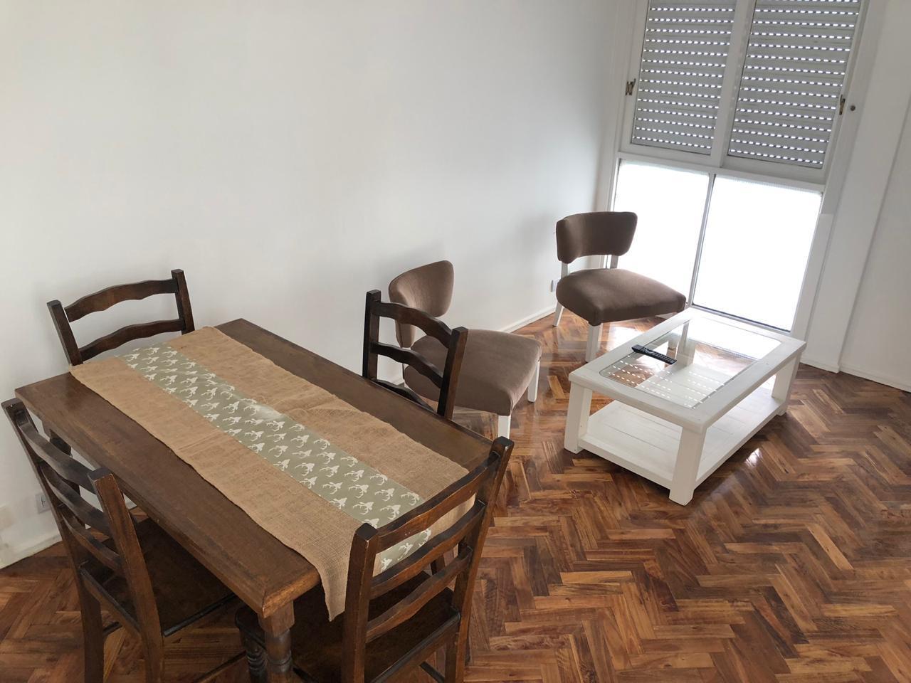 FotoDepartamento en Alquiler temporario |  en  Recoleta ,  Capital Federal  JUNCAL al 2600