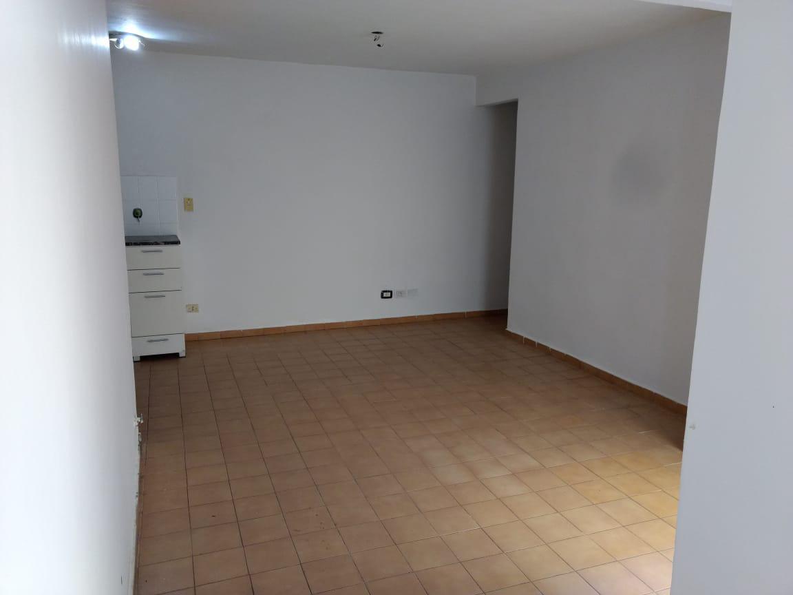 FotoDepartamento en Alquiler |  en  Centro,  Rosario  ZEBALLOS al 500