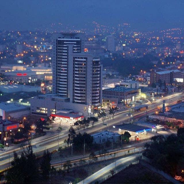 FotoDepartamento en Renta    en  Boulevard Suyapa,  Tegucigalpa  Oficina En Renta Torre Metropolis  Tegucigalpa