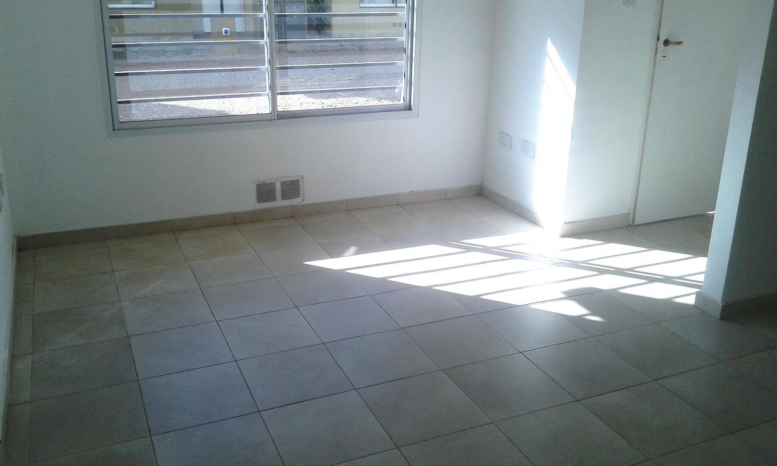 Foto Departamento en Venta    en  San Miguel ,  G.B.A. Zona Norte  Arguero al 400