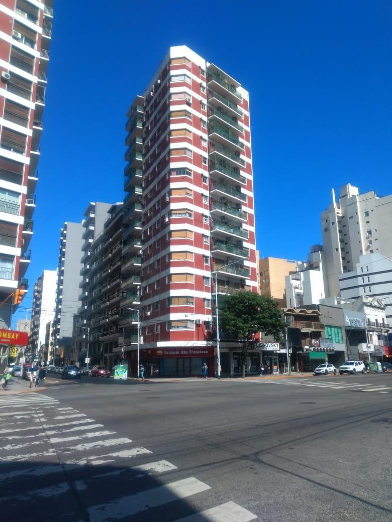 FotoDepartamento en Venta    en  Avellaneda,  Avellaneda  AV. Mitre 1189