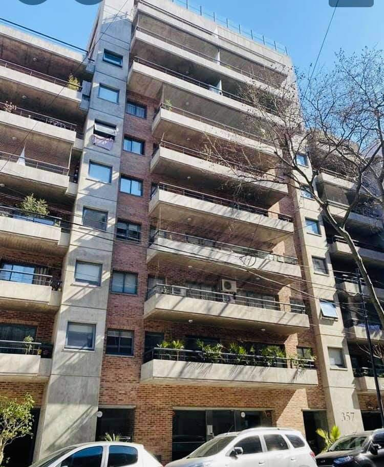 FotoDepartamento en Venta |  en  Caballito ,  Capital Federal  Viel al 300