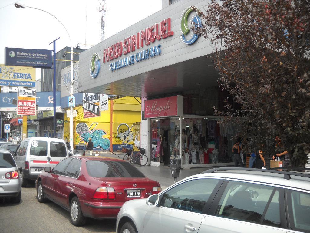 FotoLocal en Venta    en  San Miguel ,  G.B.A. Zona Norte  Balbin al 1000