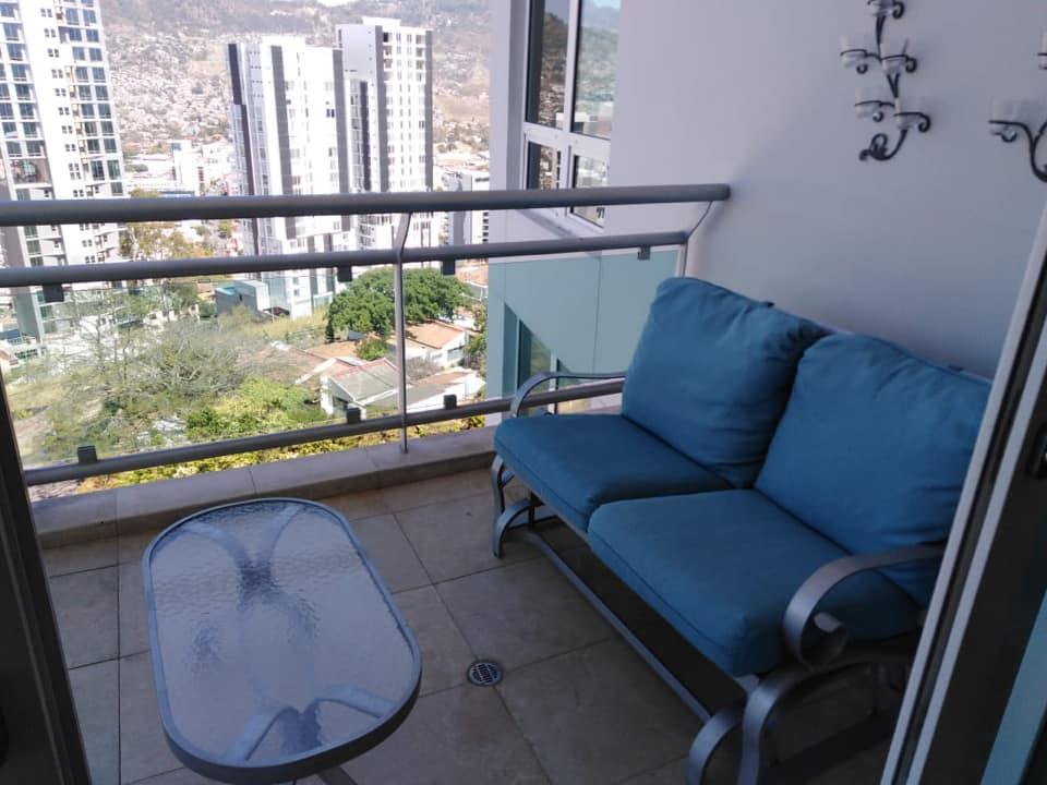 FotoDepartamento en Renta    en  Lomas del Guijarro Sur,  Distrito Central  Apartamento En Renta Torre Sky Tres Habitaciones Lomas Del Guijarro Tegucigalpa