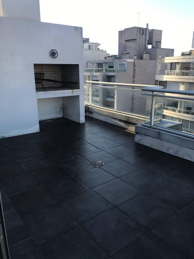 FotoDepartamento en Venta    en  Pocitos ,  Montevideo  26 de marzo y buxareo