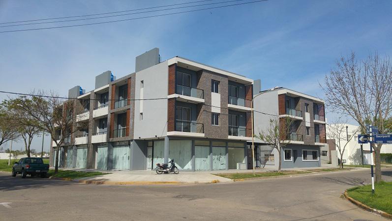 Los Colonos 615 - Cochera 11 - Gaggiotti Inmobiliaria cuenta con más de 50 años desde que se inicio en el negocio de los servicios inmobiliarios.