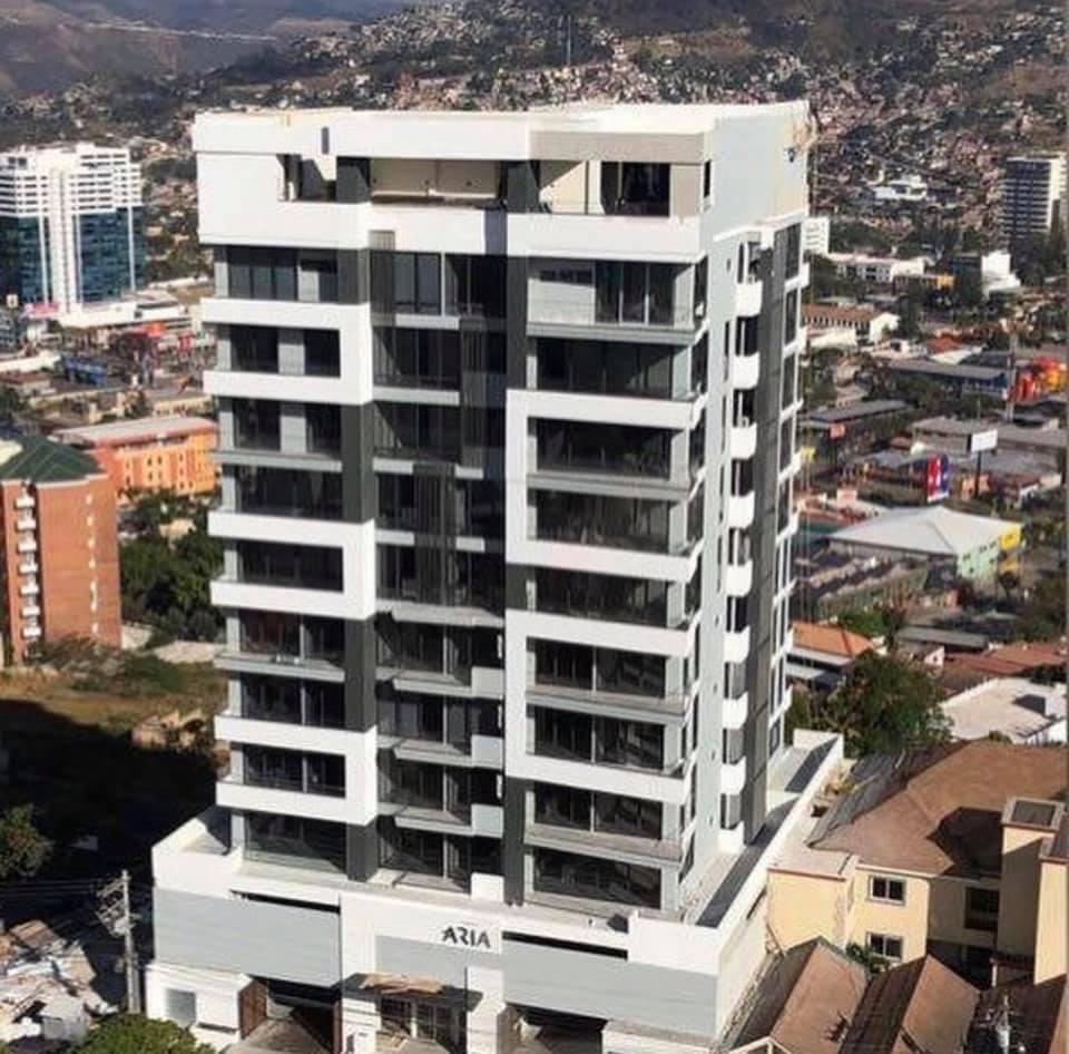 FotoDepartamento en Renta |  en  Las Lomas del Guijarro,  Distrito Central  Torre ARIA Apartamento En Renta Res. La cumbre Tegucigalpa