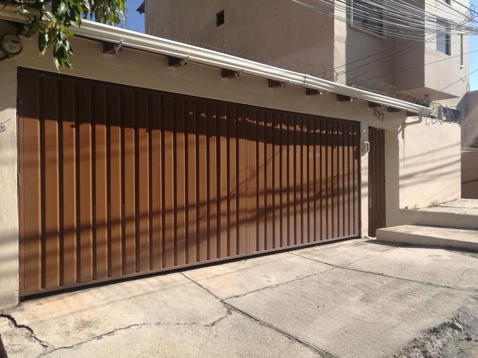 FotoCasa en Renta |  en  Loma Linda Sur,  Tegucigalpa  Casa En Renta Residencial Loma Linda Circuito Cerrado Tegucigalpa