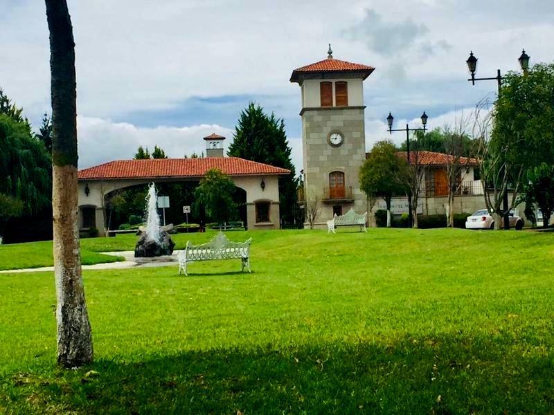 FotoCasa en condominio en Venta |  en  El Mesón,  Calimaya  Casa en Venta Modelo KAMIN en Rancho el Meson Calimaya