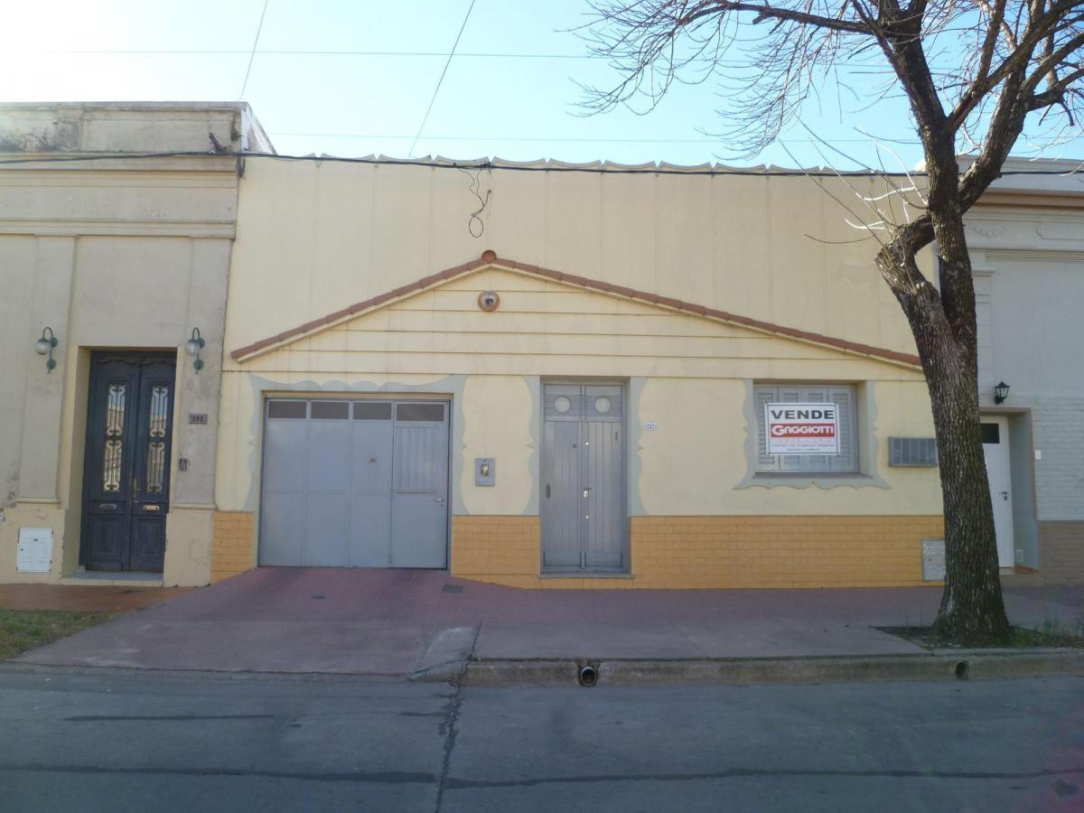 Juan B Justo 282 - Gaggiotti Inmobiliaria cuenta con más de 50 años desde que se inicio en el negocio de los servicios inmobiliarios.