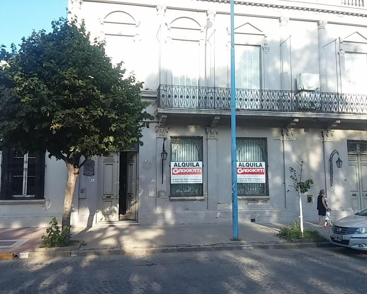 9 de Julio 31 - Gaggiotti Inmobiliaria cuenta con más de 50 años desde que se inicio en el negocio de los servicios inmobiliarios.