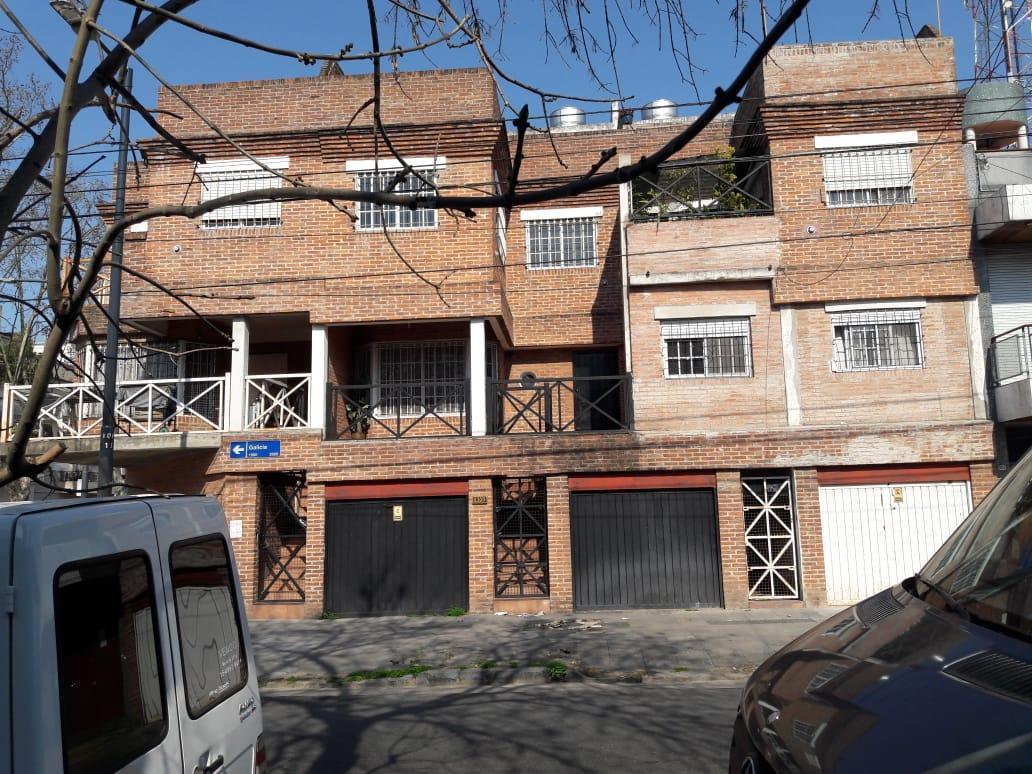 Foto Casa en Venta |  en  Caballito ,  Capital Federal  Galicia 1900