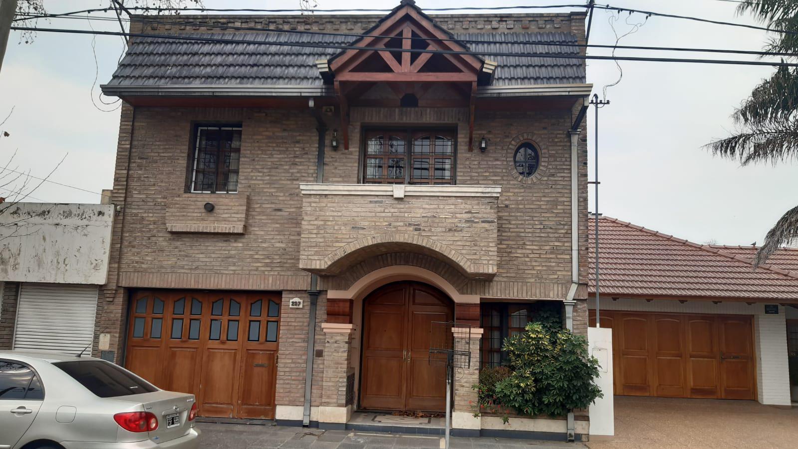 Intendente Gimenez 237 - Gaggiotti Inmobiliaria cuenta con más de 50 años desde que se inicio en el negocio de los servicios inmobiliarios.