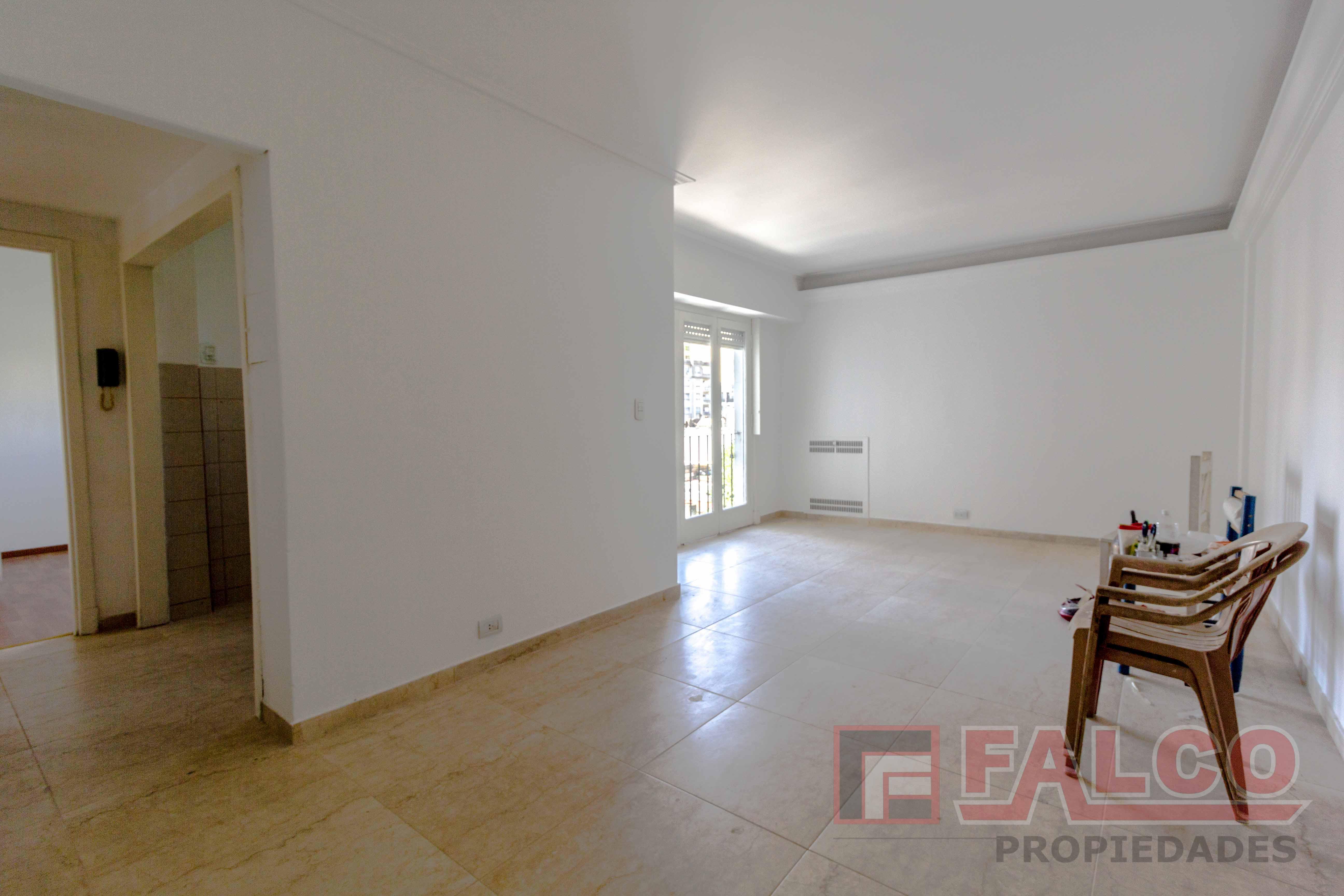 FotoDepartamento en Venta   Alquiler    en  Flores ,  Capital Federal  Culpina y Rivadavia