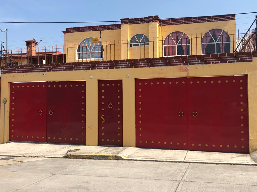 FotoCasa en Renta |  en  Ocho Cedros,  Toluca  Casa en Renta en la Colonia 8 Cedros, Toluca, Estado de México