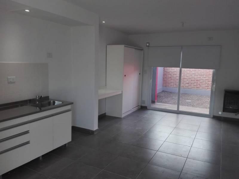FotoDepartamento en Venta |  en  General Roca ,  Rio Negro  Saavedra  al 2200