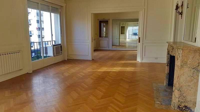 Coqueto piso en Recoleta!