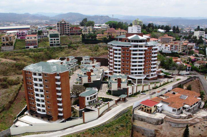 FotoDepartamento en Venta |  en  Las Lomas del Guijarro,  Distrito Central  Venta Apartamento Torres Las Marias Tegucigalpa