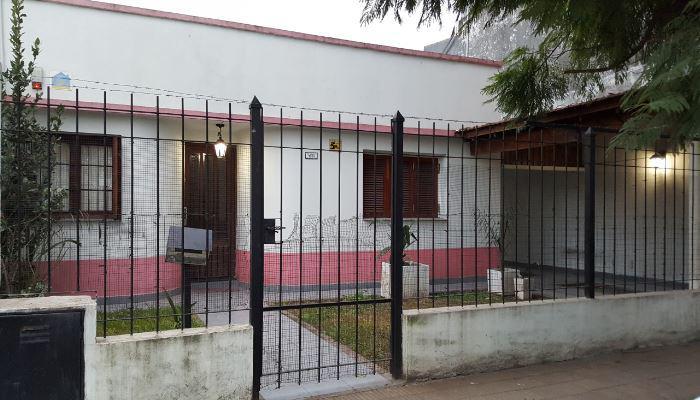 FotoCasa en Venta |  en  Moron Sur,  Moron  Dr. Rodolfo Montes al 1000