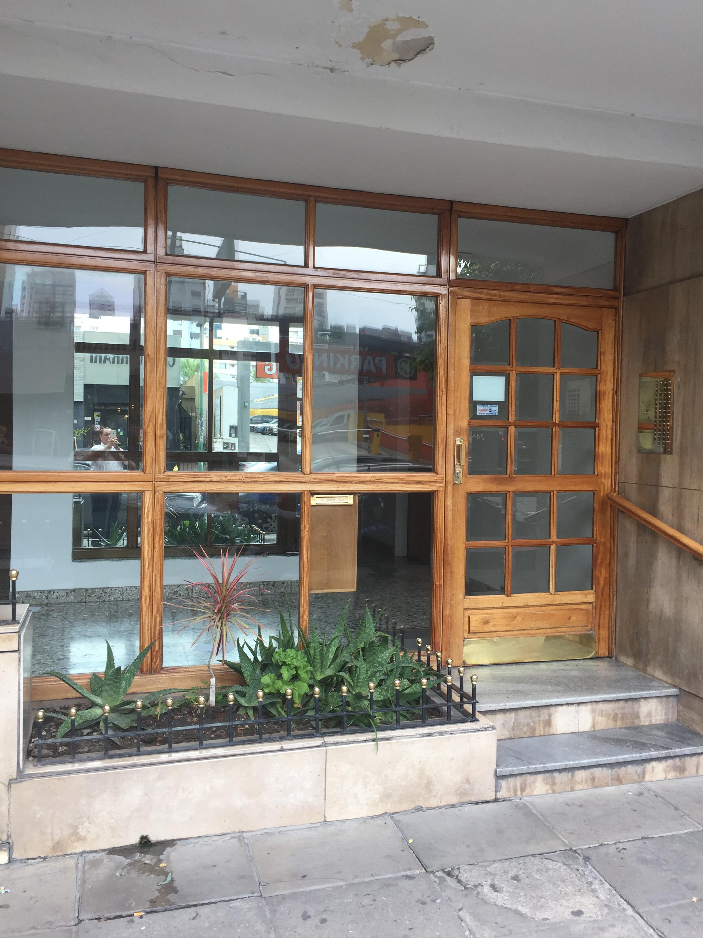 FotoDepartamento en Venta |  en  Lomas de Zamora Oeste,  Lomas De Zamora  Italia al 200