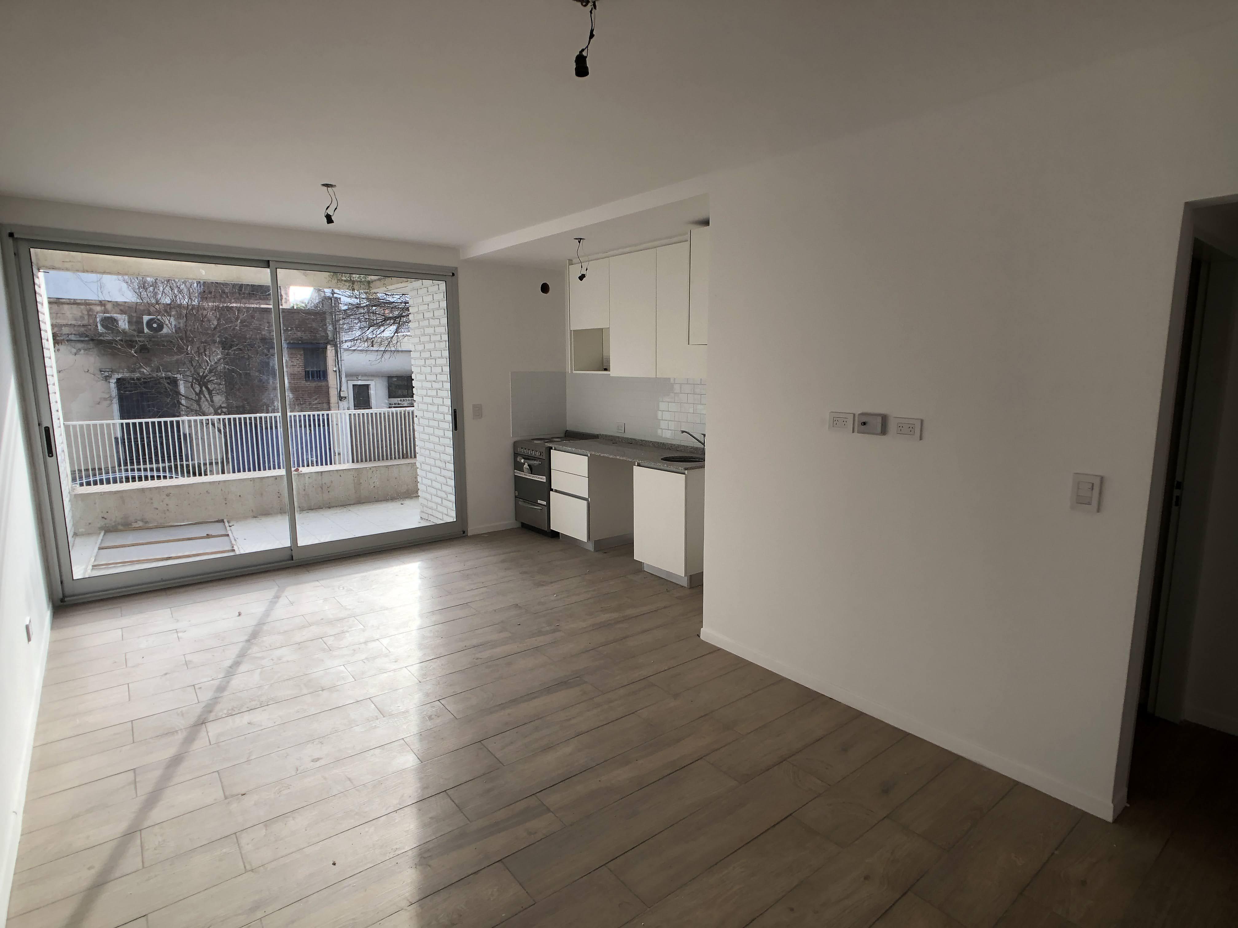 FotoDepartamento en Venta |  en  Chacarita ,  Capital Federal  Concepción Arenal al 3500  1 A