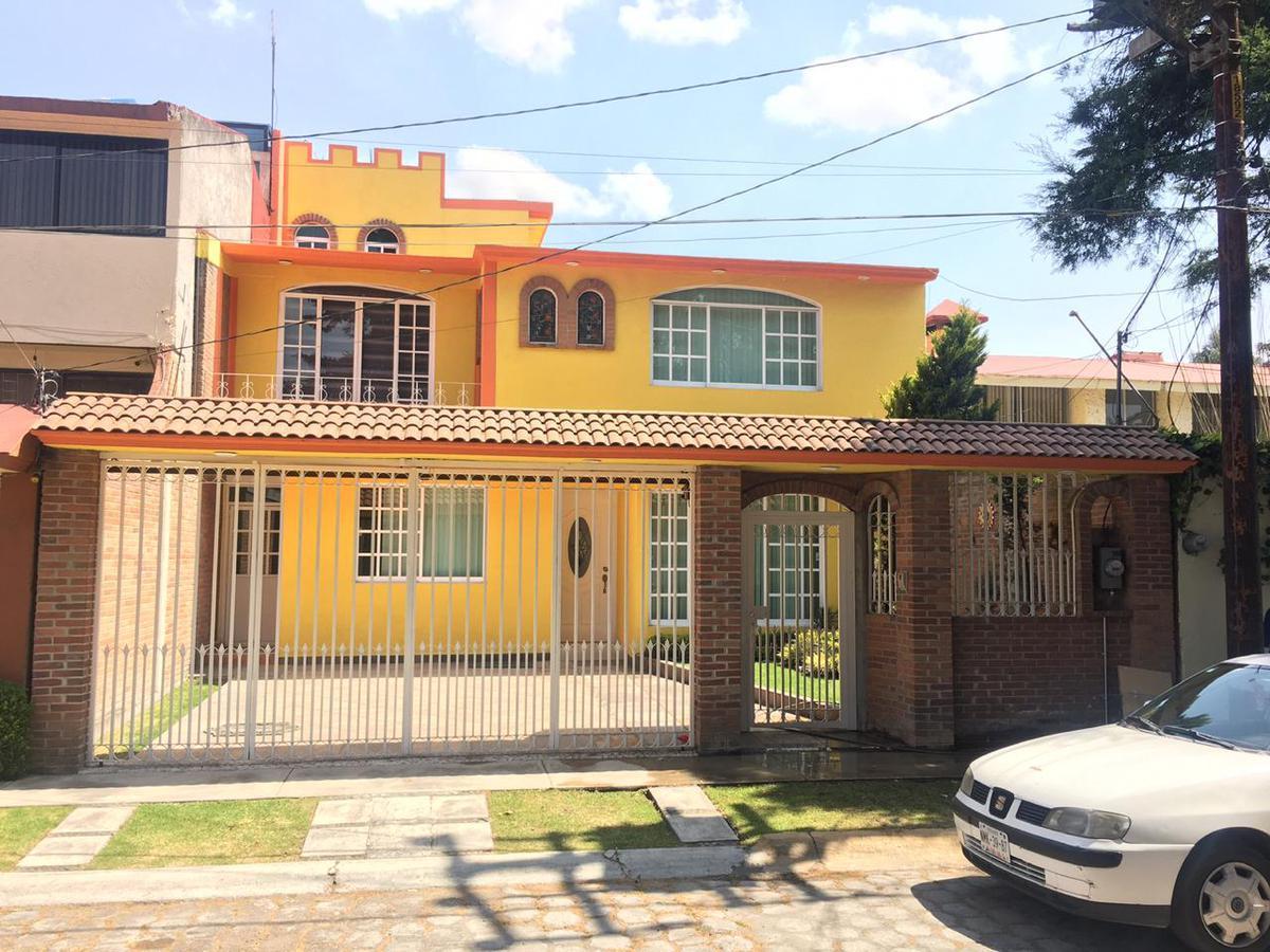 FotoCasa en condominio en Renta    en  La Virgen,  Metepec  Renta de Casa en Fraccionamiento La Virgen, Metepec