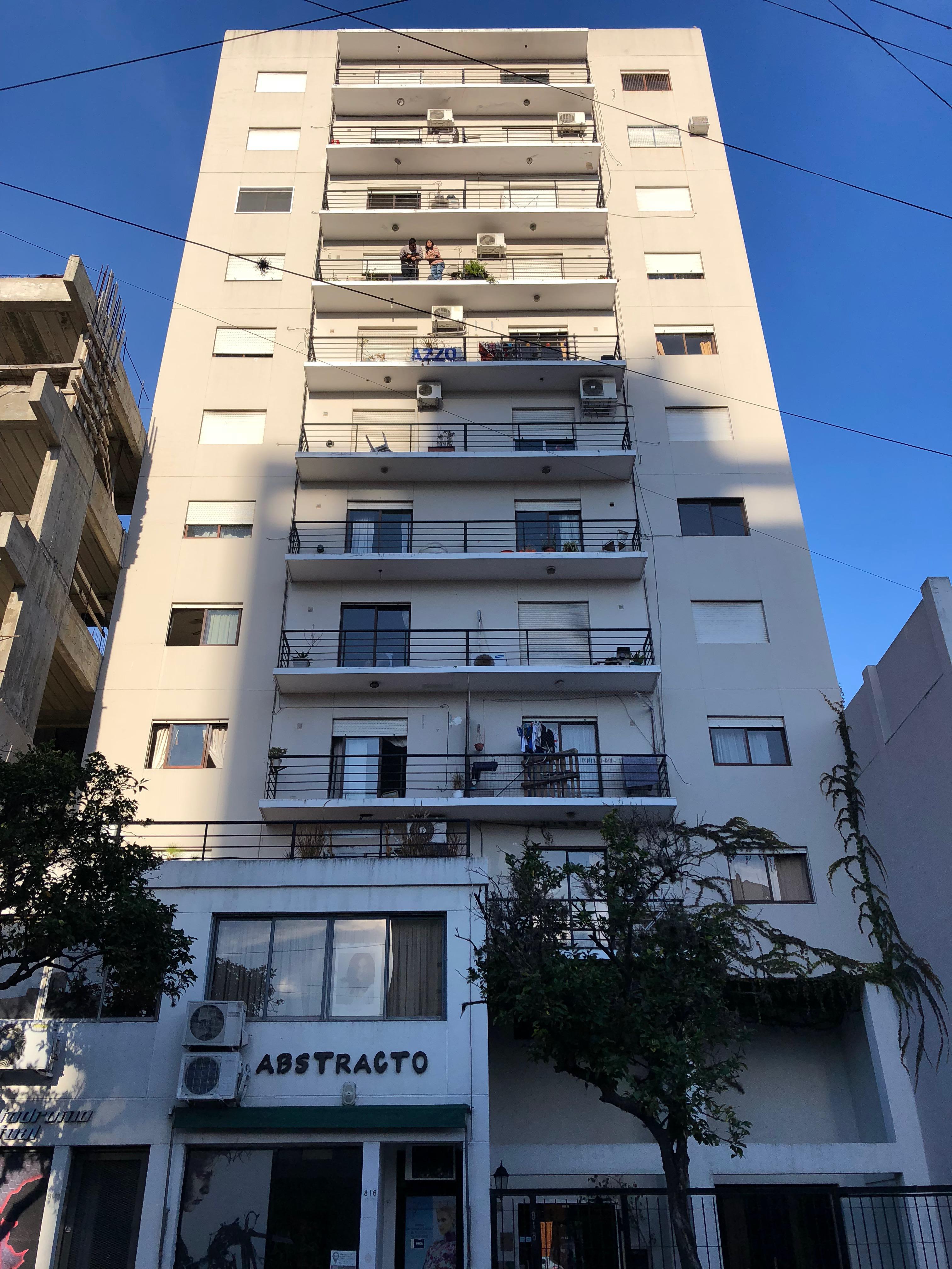 FotoDepartamento en Venta |  en  La Plata ,  G.B.A. Zona Sur  47 Nº al 800