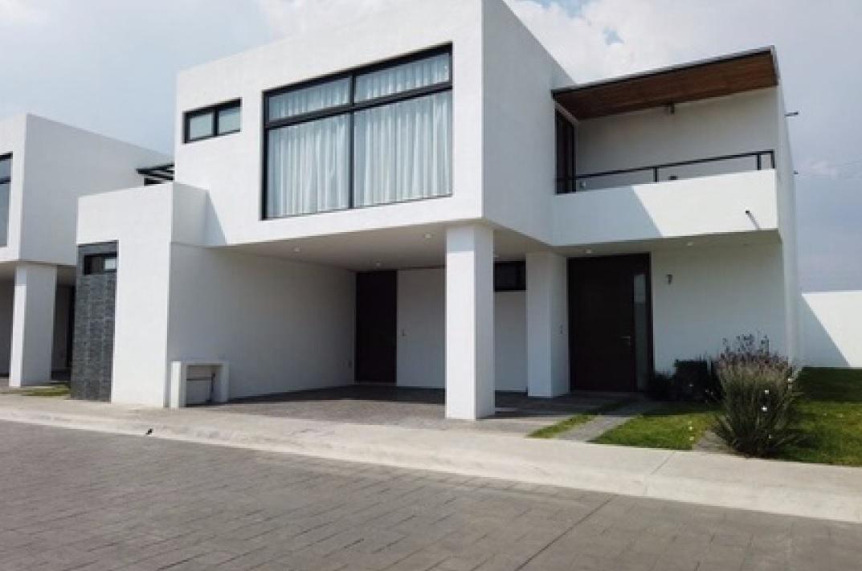 FotoCasa en condominio en Venta    en  Bellavista,  Metepec  Venta de Casa en Residencial Árbol de la Vida, Metepec